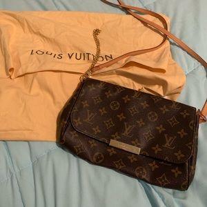 Louis Vuitton Favorite MM Monogram Crossbody Mint